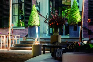 article_661_jar-commerce-amsterdam-showroom-landhuis-gooilust_1024x682